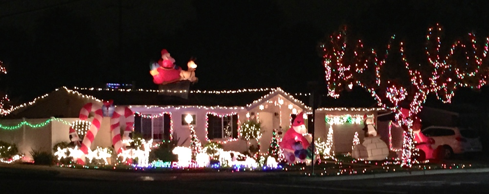 Typical So Cal Holiday House Lighting